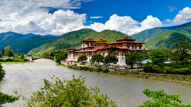 Bhutan Tour Package Cost , Itinerary