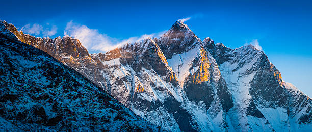 Mount lhotse Expedition Cost